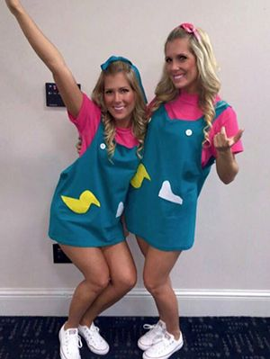 One Good Thing About Tv Show Bff Costumes Aside From Them Being Cute Af I Halloween Costumes Friends Best Friend Halloween Costumes Cute Halloween Costumes