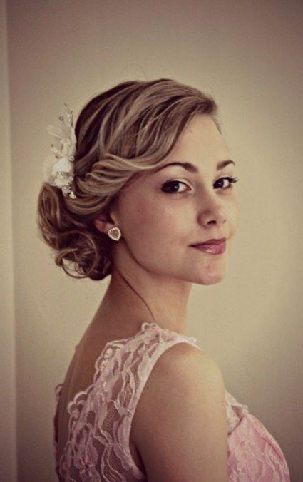 56 Super Ideas For Vintage Wedding Hairstyles 1920s Side Buns Vintage Wedding Hair Wedding Hair Side Hair Styles