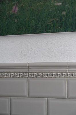 Serie Neri Metro Silver Mist 7 5x15 Cm Bordure Serie Studio Relieve Ponciana Graystone 3x19 8 Cm Fliesen Fliesenbordure Keramikfliese