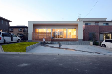30坪 1階建 大きなリビングと中庭のある小さい平屋 土浦市m邸 中庭
