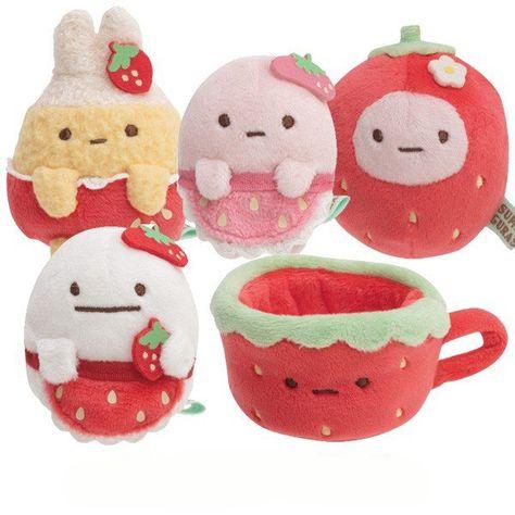 "[NEW] Sumikko Gurashi ""Erdbeermesse bei Kissa Sumikko"" Tanori Nuigurumi San-X Offizielles Japan 2020 - Amigurumi Kawaii Plush, Cute Plush, Softies, Plushies, Baby Pink Aesthetic, Felt Monster, Cute Strawberry, Softie Pattern, Cute Stuffed Animals"