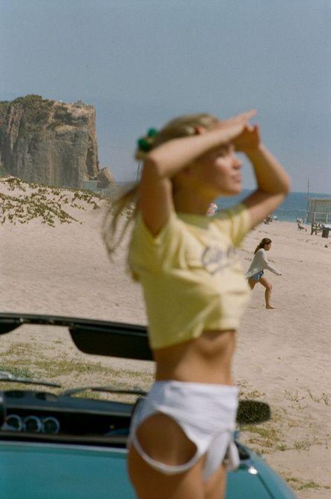 How to Take Good Beach Photos Photography Beach, Film Photography, Street Photography, Landscape Photography, Nature Photography, Fashion Photography, Wedding Photography, Summer Feeling, Summer Vibes