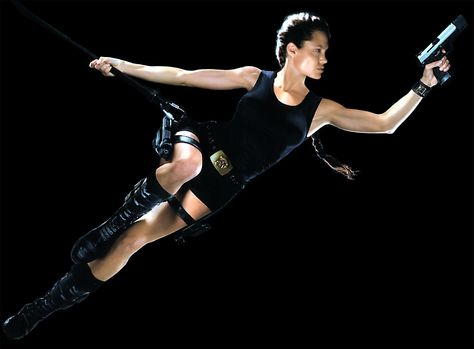 Tomb Raider Costume Resource: Lara Croft - Tomb Raider Movie - Black Outfit