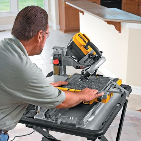 Dewalt D24000 Sliding Table Wet Tile Saw 250mm Tile Saw Sliding