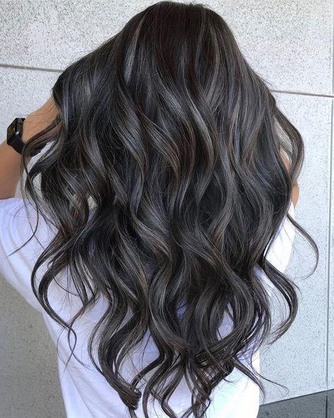 Color Long Hairstyle Ideas For The New Year 2020 - Vida Joven Hair Color Balayage, Hair Highlights, Black Balayage, Ombre Hair, Formal Hairstyles For Long Hair, Long Hair Styles, Funky Hairstyles, Wedding Hairstyles, Chelsea Houska Hair