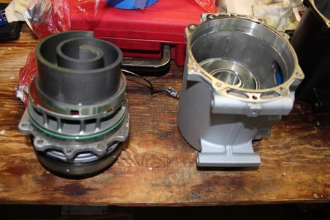 Rebuilt Auto Ac Compressors >> Here S What The Ac Compressor Looks Like Inside This Is A