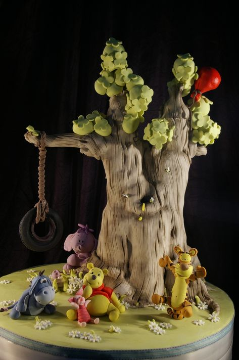 This cake is absolutely too cute! Maybe I'll do a WTP theme for Mai's birthday! Luca's Winnie the Pooh Tree Cake by Dot Klerck