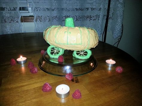 """By Loie: """"Here is my pumpkin-inspired interpretation of Cinder's gasoline car :) I put so much food colouring in the icing that it is probably not edible any more but it was a lot of fun to make."""""""