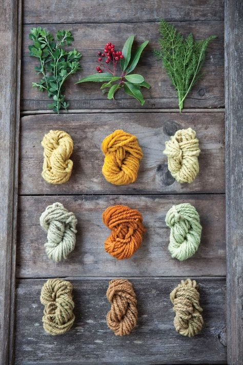 Dyed our own yarns with natural ingredients - plants, herbs, berries - since I was a youngster . its practically a lost art now! This is good info - How to make mordants for natural dyes. - Diy Crafts for The Home Shibori, Natural Dye Fabric, Natural Dyeing, Diy Nature, Impression Textile, Spinning Yarn, How To Dye Fabric, Hand Dyed Yarn, Fiber Art