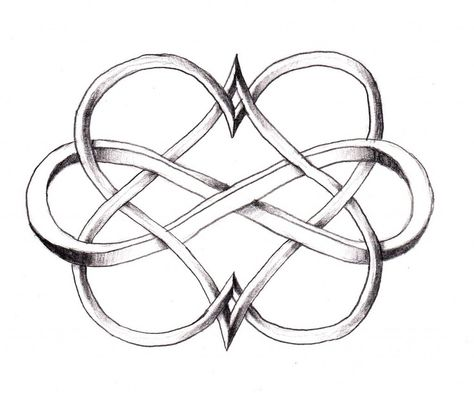 I love Celtic knots... This 3-D one is amazing  I could see this being a cool tattoo but with colors :)