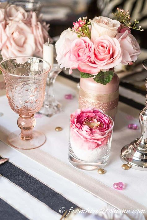 Great romantic table decorating ideas! I love the black, white and blush pink colors together. This table setting is gorgeous! #tablescape #romantictable #blushpink