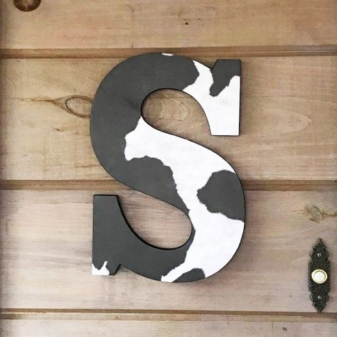 Your place to buy and sell all things handmade Wood Letters Decorated, Painting Wooden Letters, Painted Letters, Letter A Crafts, Letter Art, Country Decor, Farmhouse Decor, Country Farmhouse, Modern Farmhouse