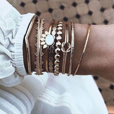 bracelets fantaisie dores 16