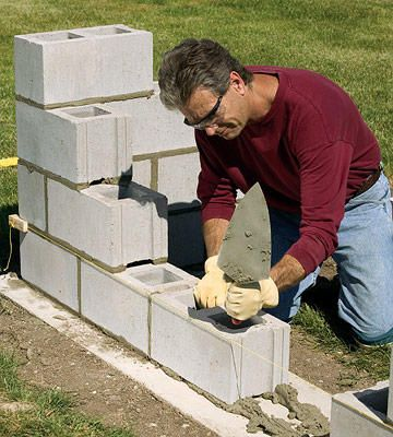 Short Of Line Don T Adjust It Or Remove It Make Up The Difference Across The Rest Of The Course Concrete Block Walls Concrete Blocks Concrete Fence Wall