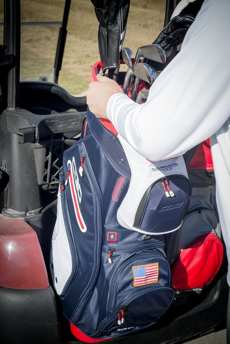 Sun Mountain S Best Selling Cart Bag Just Got Better Updates To The C 130 Golf Cart Bag Include A New Top And A Ro Golf Bags Golf Range Finders Golf Push Cart