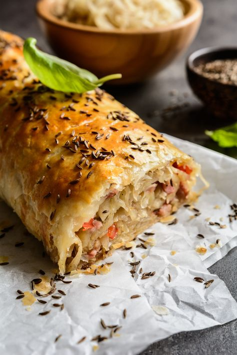 [orginial_title] – Emily Foster German Krautstrudel: An Easy Savory Phyllo Cabbage Roll German Krautstrudel: An Easy Savory Cabbage Roll – 31 Daily Phyllo Recipes, Vegetable Recipes, Cooking Recipes, Healthy Recipes, Bread Recipes, Cooking Tips, German Christmas Food, Christmas Foods, Christmas Recipes