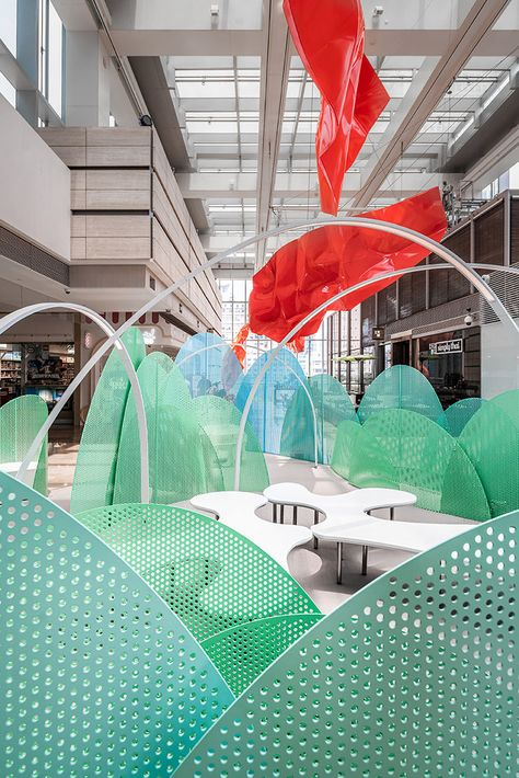 Wutopia Lab was invited to design KerryOn Living Room on the floor of JAKC (Jing An Kerry Centre) in Shanghai, China.
