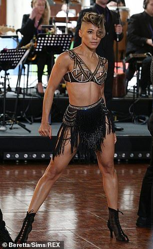 Strictly S Karen Clifton Debuts Dramatic New Hair As She Rehearses