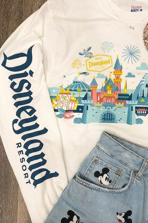 Vintage Ideas Disneyland's Trendy Spirit Jersey Now Comes in This Festive, Vintage Design - Disney has released a new version of its fast-selling spirit jersey. Cute Disney Outfits, Disneyland Outfits, Disney Inspired Outfits, Disney Style, Cute Outfits, Disney Clothes, Disneyland Resort, Emo Outfits, Disneyland Outfit Summer