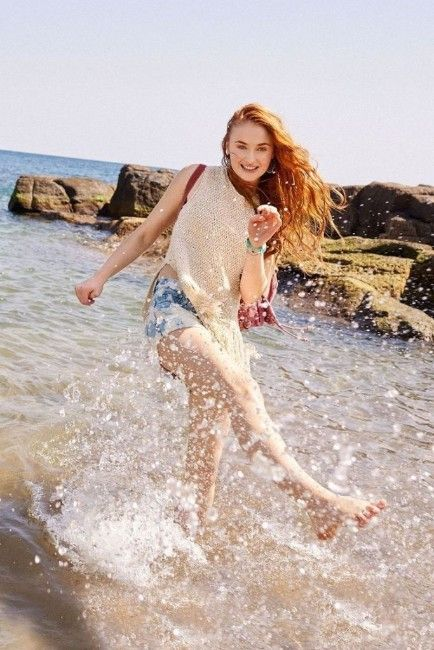 Pin By Abby On Sophie Turner By Abby Sophie Turner Photoshoot