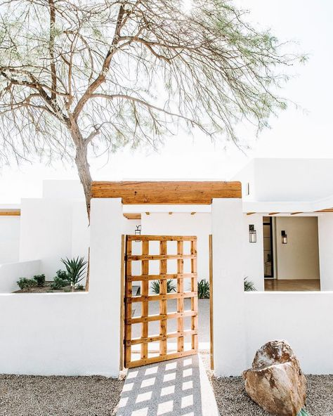 Desert Style Homes: Ideas and Inspiration | Hunker