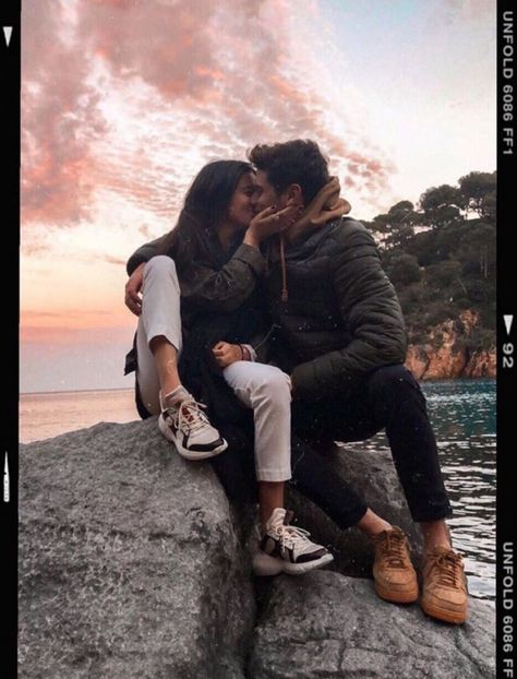 One of the pictures taken of Levi and Alaina when they were in relationship. Alaina later sent this picture to her ex. A week later, they got back together.