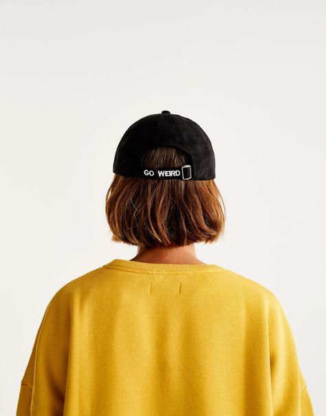 4daa72235bc Pull Bear - mujer - accesorios - accesorios - gorros y sombreros - gorra  antelina - negro - 05830328-I2017