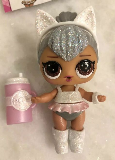 Real Lol Kitty Queen LOL Surprise Glam Glitter Series 2