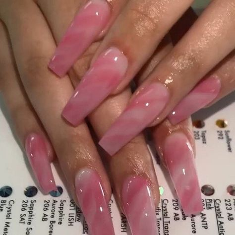 50+ Perfectly Match Bridal Nails Art Designs Ideas #nailarts #bridalnail #naildesign » Eknom-Jo.com