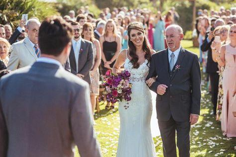 Destination Wedding: descubra o que é essa tendência e saiba como organizar um casamento perfeito na praia! #casamentonapraia #beachwedding #casamentoaoarlivre