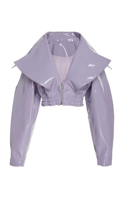 Christian Siriano's faux patent leather motorcycle jacket is designed with full sleeves, a wide shawl collar, and a v neckline, with a gathered seam crop fit. Kpop Fashion Outfits, Edgy Outfits, Winter Fashion Outfits, Zara Fashion, Love Fashion, Womens Fashion, Fashion Design, Mode Kpop, Oufits Casual