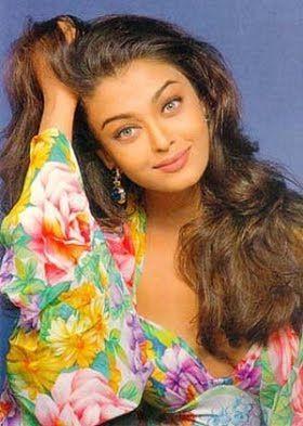 Imagini Pentru Aishwarya Rai Old Pictures Aishwarya Rai Young Aishwarya Rai Bachchan Aishwarya Rai