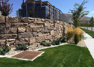 Verti Block San Diego Licensed Verti Block Manufacturer And Supplier Residential Landscaping Concrete Retaining Walls Retaining Wall Construction