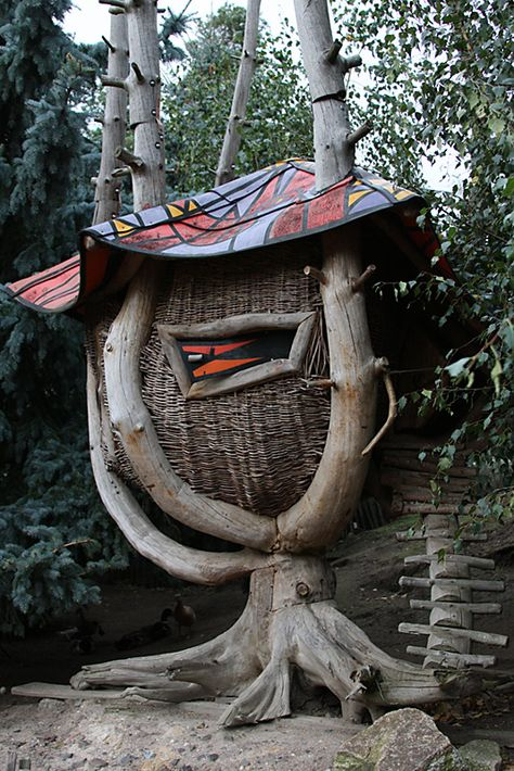 Basketry Tree House