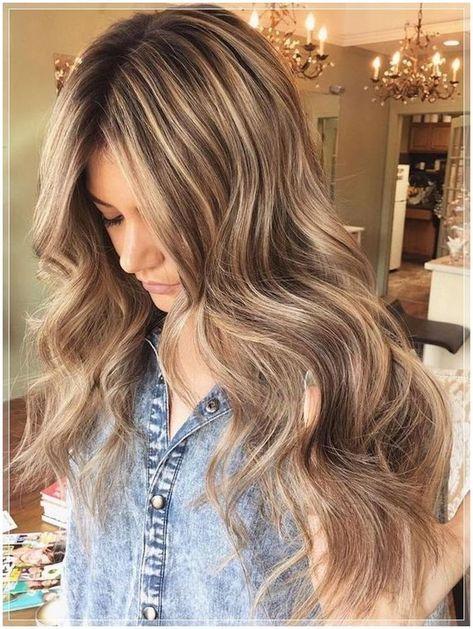 Auf blonde haar strähnchen braunem Kurze Haare