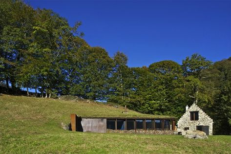 'Green' roof barn conversion. Plenty of space, low heating bills with no need for Air Con and it looks good too.