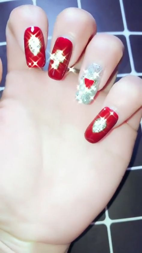 25  Easy and Amazing Nail Art Designs for Beginners