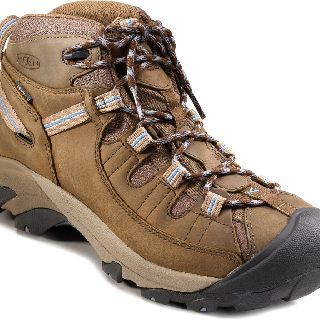My New Keen Targhee Ii Mid Hikers I M Gambling That They Will Be As Comfy Out Of The Box As All The Rei Revi With Images Hiking Boots Women Comfortable Hiking