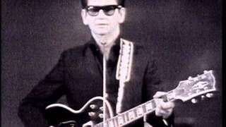 Roy Orbison - Only the Lonely (Monument Concert 1965), via YouTube.