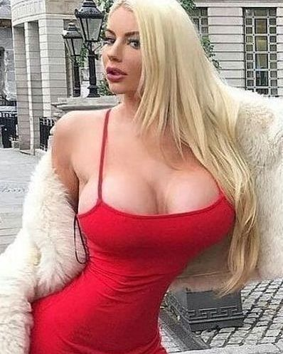 Busty Babes Instagram