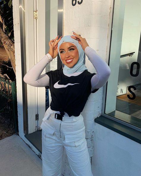 Modern Hijab Fashion, Street Hijab Fashion, Modesty Fashion, Hijab Fashion Inspiration, Muslim Fashion, Arab Fashion, Ski Fashion, Tomboy Outfits, Modest Outfits