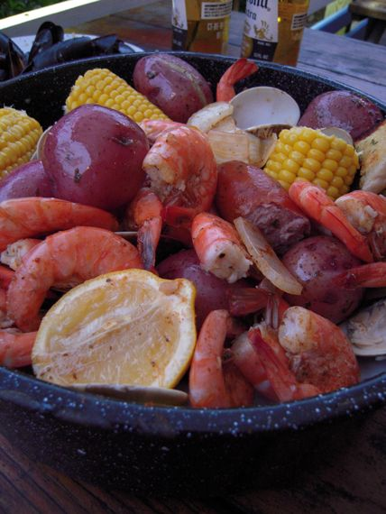Martie Knows Parties - BLOG - Labor-Free Labor Day Party Ideas: One Pot SeafoodBoil