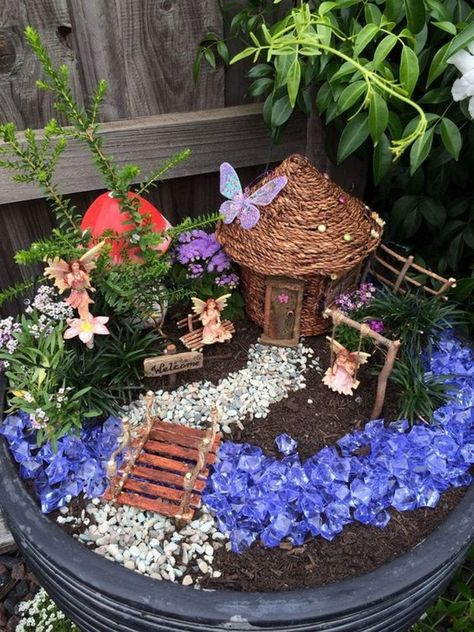 52 beautiful and magical miniature fairy garden ideas - 2020 Mini Garden Ideas Fairy Garden Pots, Indoor Fairy Gardens, Fairy Garden Houses, Gnome Garden, Miniature Fairy Gardens, Fairy Gardening, Container Gardening, Organic Gardening, Fairy Gardens For Kids