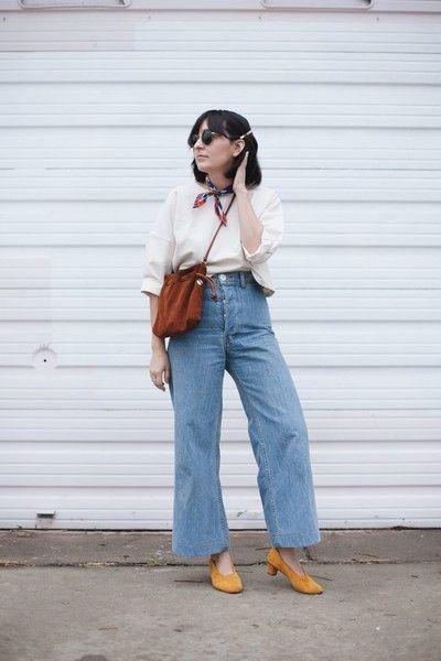 Try Out Ankle Grazing Pants - Cool Outfit Ideas for Moms - Photos