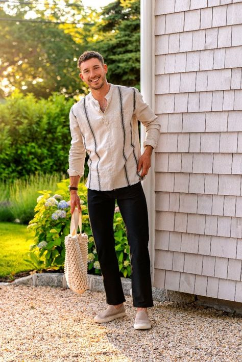 #ad Comfort is king when it comes to dressing, right?! I like to dress with comfort in mind all year round but especially so in the summer. #ad The flexibility and breathability of these new @dockerskhakis Smart 360 Knit™ Comfort Knit Jean-Cut pants are what makes them perfect for summer outfits. The classic style of these pants paired with a loose linen popover and slip-on shoes creates an effortlessly stylish, easy to wear summer outfit! I@kohls #KohlsFinds @shopstylecollective