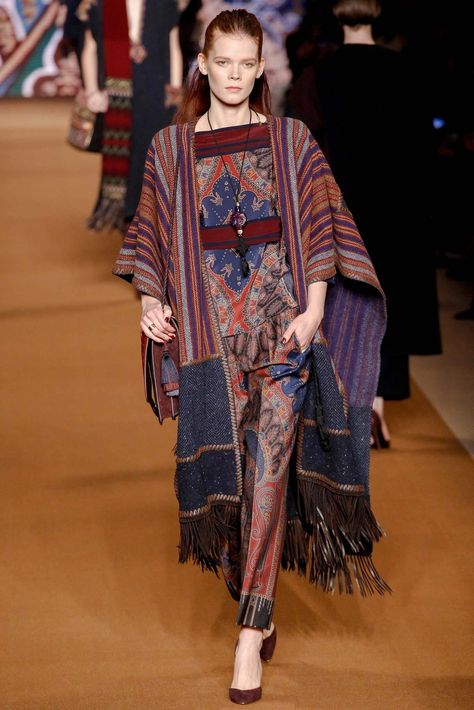 See the complete Etro Fall 2014 Ready-to-Wear collection.
