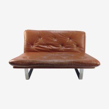 Meubles D Occasion Et Deco Vintage Selency Une Autre Maniere De Chiner Canape Cuir Vintage Canape Cuir Cuir Vintage