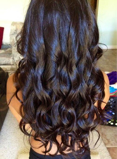 20 Loose Curly Hairstyles For Long Hair 11 Dark Brown Hair Curlyhair Longhair Long Curly Hair Long Hair Styles Curly Hair Styles Naturally
