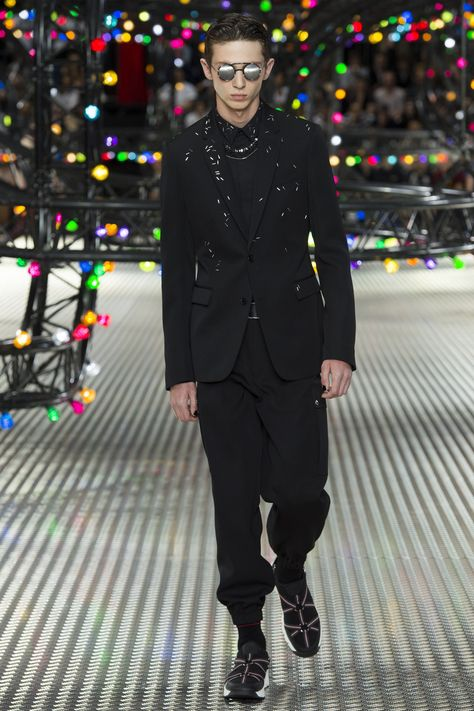 Dior Homme Spring 2017 Menswear  collection. Another really cool embellished jacket.