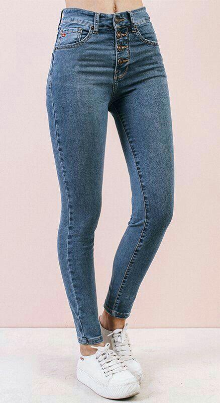 Where Stories Live Pantalones De Mezclilla Mujer Ropa De Moda Pantalones De Moda